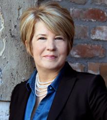 Helen MacLennan headshot