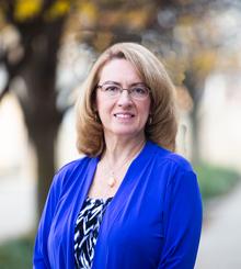Sharon Spencer Bubenzer headshot