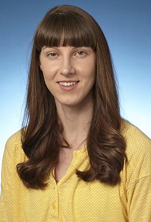 Julie Burris headshot